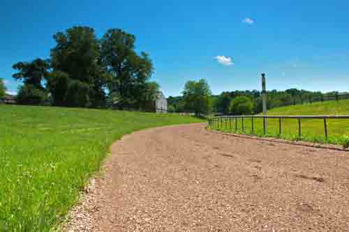 ashwell stables training track
